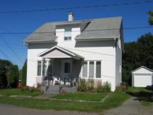 Maison à vendre à Témiscouata-sur-le-Lac, Bas-Saint-Laurent, 834, Rue du Centre, 21892882 - Centris