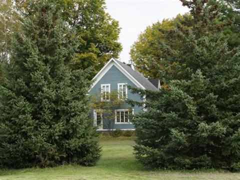 Fermette à vendre à Stanstead - Ville, Estrie, 136, Rue  Principale, 12547646 - Centris