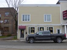 Commercial building for sale in Chicoutimi (Saguenay), Saguenay/Lac-Saint-Jean, 110 - 112, Rue  Jacques-Cartier Est, 27822714 - Centris