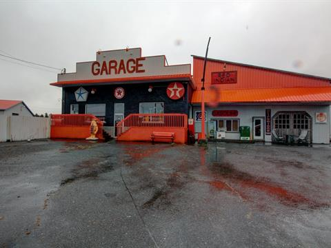 Commercial building for sale in Notre-Dame-du-Bon-Conseil - Village, Centre-du-Québec, 904, Rue  Notre-Dame, 26326291 - Centris