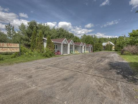 Commercial building for sale in Stoneham-et-Tewkesbury, Capitale-Nationale, 2672, boulevard  Talbot, 14971272 - Centris