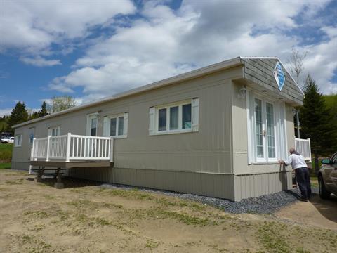 Mobile home for sale in Saint-Tite-des-Caps, Capitale-Nationale, 735, Route  138, 23649599 - Centris