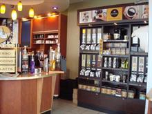 Commerce à vendre à Saint-Laurent (Montréal), Montréal (Île), 4983, Rue  Levy, 13314106 - Centris