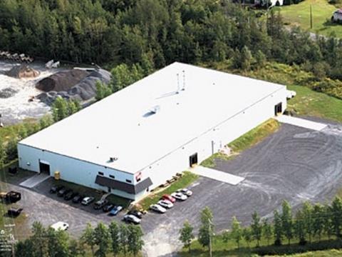 Bâtisse industrielle à vendre à Lac-Etchemin, Chaudière-Appalaches, 1385, Route  277, 24735122 - Centris