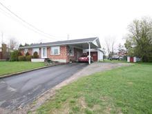 Maison à vendre à Saint-Stanislas, Mauricie, 79, Rue  Lafontaine, 18123783 - Centris