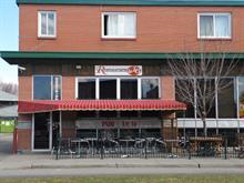 Commerce à vendre à Lachute, Laurentides, 383 - 385, Rue  Principale, 21203589 - Centris