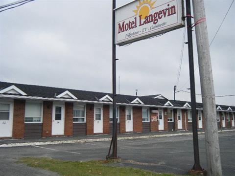 Commercial building for sale in Sainte-Justine, Chaudière-Appalaches, 199, Route  204, 20636995 - Centris