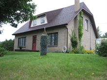 Maison à vendre à Causapscal, Bas-Saint-Laurent, 360, Rue  Sainte-Anne, 21343597 - Centris