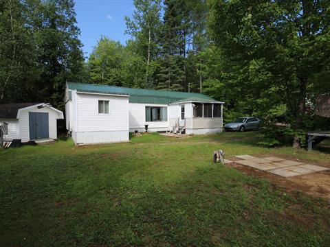 Mobile home for sale in Saint-Élie-de-Caxton, Mauricie, 110, Rue  Nicole, 26750645 - Centris