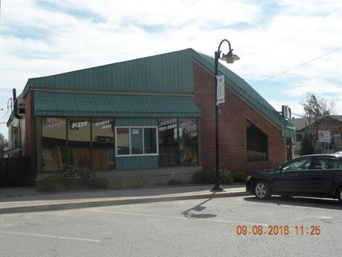 Commercial building for sale in Macamic, Abitibi-Témiscamingue, 76, Rue  Principale, 13297526 - Centris