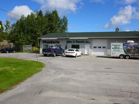 Bâtisse commerciale à vendre à Canton Tremblay (Saguenay), Saguenay/Lac-Saint-Jean, 2718, Route  Sainte-Geneviève, 19497083 - Centris