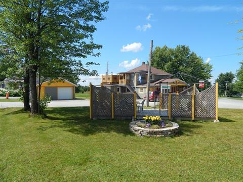 Income properties for sale in Saints-Martyrs-Canadiens, Centre-du-Québec, 21A, Rue  Principale, 22500964 - Centris