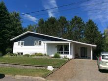 Maison à vendre à Saint-Pascal, Bas-Saint-Laurent, 825, Rue  Desjardins, 11893466 - Centris