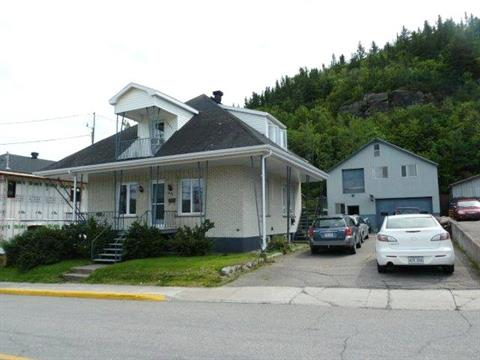 Triplex for sale in La Baie (Saguenay), Saguenay/Lac-Saint-Jean, 1083 - 1087, Rue  Saint-Pierre, 19069456 - Centris