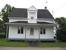 House for sale in Saint-Adelphe, Mauricie, 170, Rue de la Station, 25421544 - Centris