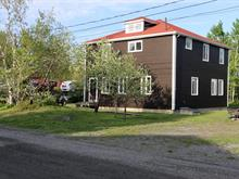 Duplex à vendre à Val-d'Or, Abitibi-Témiscamingue, 60, Rue  Viney, 15844225 - Centris