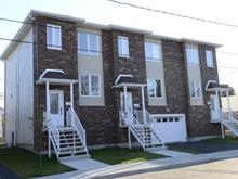 Townhouse for sale in Pont-Viau (Laval), Laval, 555, Rue  Saint-Hubert, 13670636 - Centris