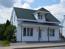 Maison à vendre à Saint-Adelphe, Mauricie, 660, Rue  Principale, 25524332 - Centris