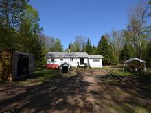 Maison à vendre à Notre-Dame-du-Laus, Laurentides, 18, Chemin du Lac-Earhart, 27940792 - Centris