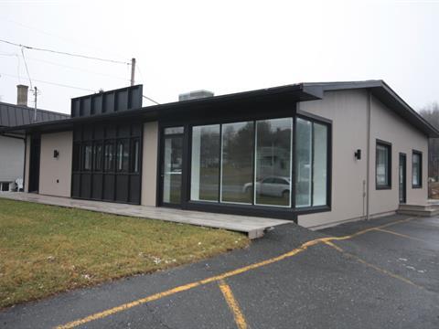 Commercial building for sale in Beauceville, Chaudière-Appalaches, 671, boulevard  Renault, 11465285 - Centris