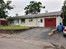Duplex à vendre à Rivière-du-Loup, Bas-Saint-Laurent, 120, Rue  Laval, 15730578 - Centris