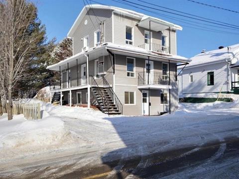 Triplex for sale in Saint-Tite-des-Caps, Capitale-Nationale, 324 - 328, Avenue  Royale, 22664502 - Centris