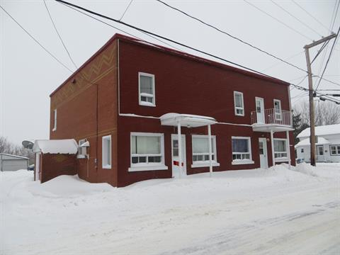 Triplex for sale in Sainte-Ursule, Mauricie, 1631 - 1635, Rue  Principale, 12914802 - Centris