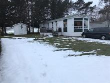 Mobile home for sale in Upton, Montérégie, 672, Rue des Érables, 28082346 - Centris