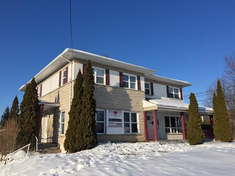 Triplex for sale in Pointe-Calumet, Laurentides, 804, boulevard de la Chapelle, 26584338 - Centris