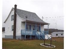 House for sale in Baie-des-Sables, Bas-Saint-Laurent, 104, Route  132, 24135316 - Centris