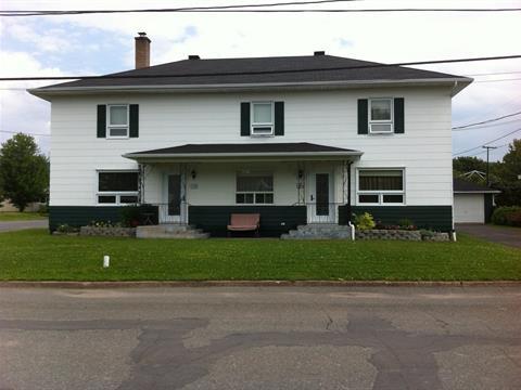 Duplex à vendre à Saint-Pascal, Bas-Saint-Laurent, 580 - 582, Avenue  Normand, 13310476 - Centris