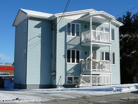 Triplex à vendre à Brompton (Sherbrooke), Estrie, 54 - 58, Rue  Saint-Jean-Baptiste, 21375785 - Centris