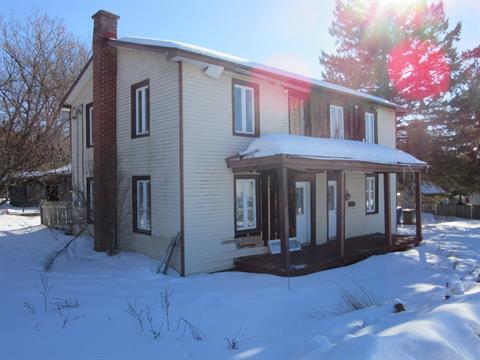 Duplex for sale in Saint-André-d'Argenteuil, Laurentides, 16 - 18, Rue  Kelly, 22495288 - Centris