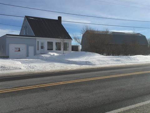 Fermette à vendre à Sainte-Félicité, Bas-Saint-Laurent, 105, Route  132 Ouest, 27386507 - Centris