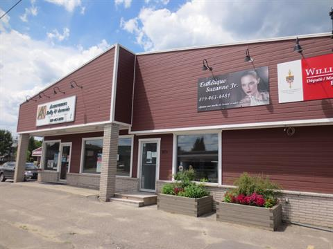 Commercial building for sale in Gracefield, Outaouais, 87, Rue  Saint-Joseph, 21358340 - Centris