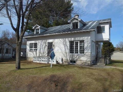 Duplex for sale in Saint-Ambroise-de-Kildare, Lanaudière, 28 - 28A, 8e Avenue, 18787232 - Centris