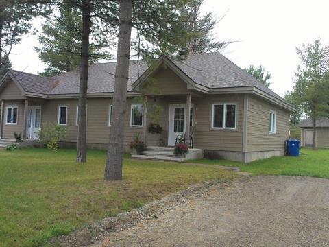 Duplex à vendre à Saint-Élie-de-Caxton, Mauricie, 101 - 111, Avenue du Moulin, 19919299 - Centris