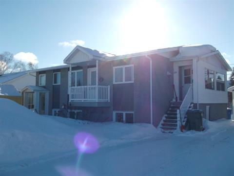 Duplex for sale in Canton Tremblay (Saguenay), Saguenay/Lac-Saint-Jean, 56 - 58, Rue  Roger, 25997736 - Centris