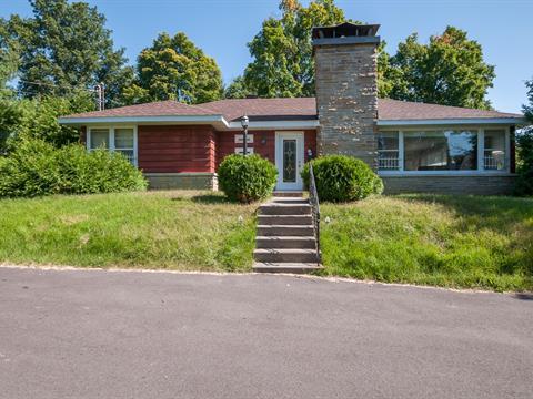 House for rent in Laval-sur-le-Lac (Laval), Laval, 30, Rue les Tilleuls, 23589796 - Centris