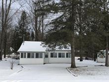 Maison à vendre à Sainte-Mélanie, Lanaudière, 160, 3e av. du Lac-Charland, 10863636 - Centris