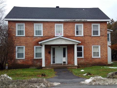 Immeuble à revenus à vendre à Stanbridge East, Montérégie, 2, Rue  Caleb-Tree, 28807179 - Centris