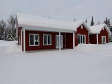 Maison à vendre à Larouche, Saguenay/Lac-Saint-Jean, 436, Chemin  Champigny, 27302980 - Centris