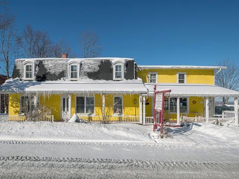 Commercial building for sale in Sainte-Catherine-de-Hatley, Estrie, 2 - 10, La Grand-Rue, 27485411 - Centris