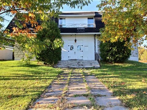 Triplex à vendre à Lyster, Centre-du-Québec, 3005 - 3009, Rue  Bécancour, 27499730 - Centris