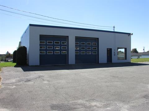 Bâtisse commerciale à vendre à Tring-Jonction, Chaudière-Appalaches, 300, Rue  Notre-Dame, 12329072 - Centris