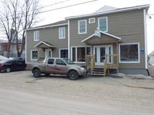 Immeuble à revenus à vendre à Saint-Stanislas, Saguenay/Lac-Saint-Jean, 957, Rue  Principale, 17756049 - Centris