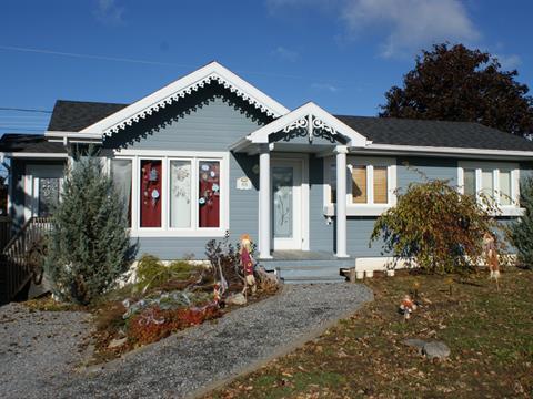 Maison à vendre à Rimouski, Bas-Saint-Laurent, 48, 13e Rue Ouest, 27967928 - Centris