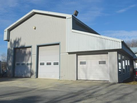 Commercial unit for rent in Windsor, Estrie, 223, Rue  Principale Nord, 11655124 - Centris