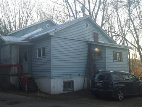 House for sale in Maniwaki, Outaouais, 252, Rue  Brisson, 24426595 - Centris