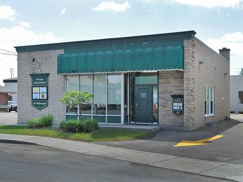 Bâtisse commerciale à louer à Saint-Polycarpe, Montérégie, 13, Rue  Sainte-Catherine, 10651757 - Centris